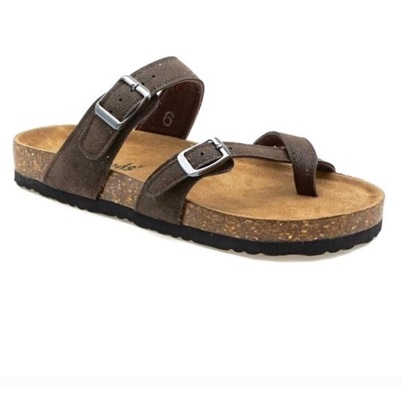 f4857e6e3f77 Outwoods Women s Bork 30 Brown Nubuck Sandals